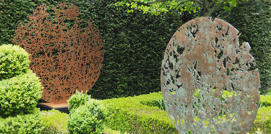 sculpture,garden,lasercut,steel,copper,inspired by trees,Ian Turnock,